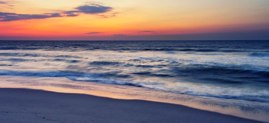 ocean-sunrise-1344797_1280